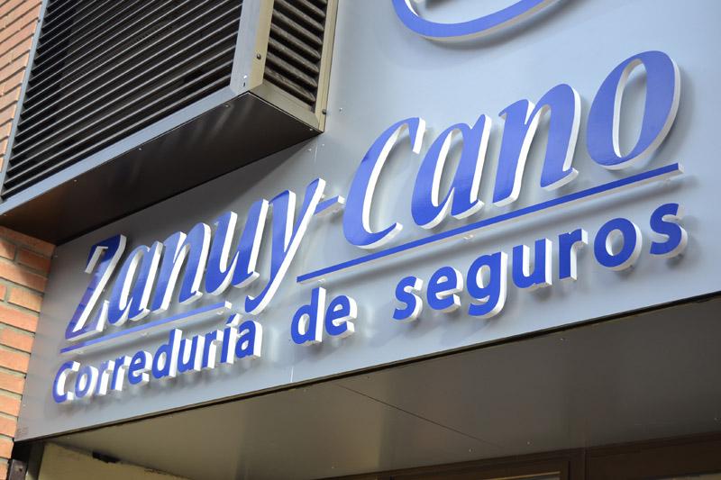 CARTELERIA DE GRAN TAMANO Zanuy Cano